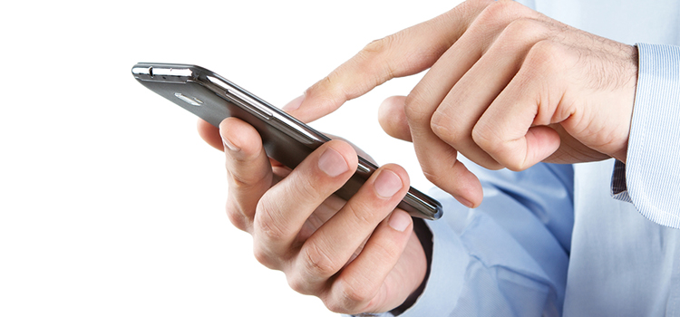 SEC Issues Risk Alert Warnings About the Dangers of Texting While Advising